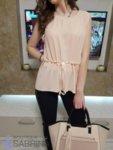 Дамска блуза с перлено коланче